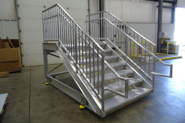 Superior ... Fabrication And Design   Aluminum Stair