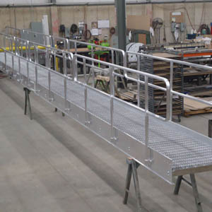 Aluminum Catwalk with Removable Handrail